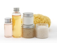 safe cosmetics made with natural ingredients